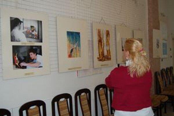 Výstava s protidrogovou tematikou. Návštevníci si ju môžu prezrieť do 26. januára.