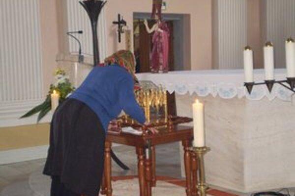 Relikvia sv. Cyrila. Uctili si ju veriaci v Strážskom.