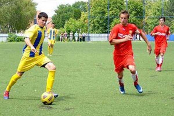 Michalovčania nestačili na MFK Košice. Za kratší koniec ťahali starší aj mladší dorastenci.
