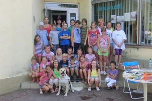 Kniholand. Deti si letný denný tábor naozaj užili.