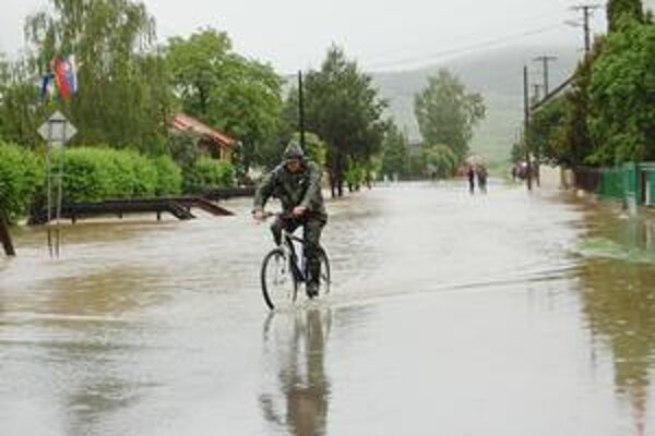 Michaľany chystajú projekt. V obci zažili niekoľko povodňových vĺn.