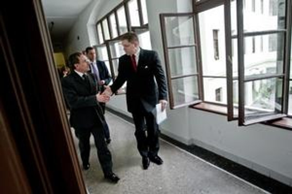 Jozef Medveď, Robert Fico. Tváre Smeru na ministerstve životného prostredia.