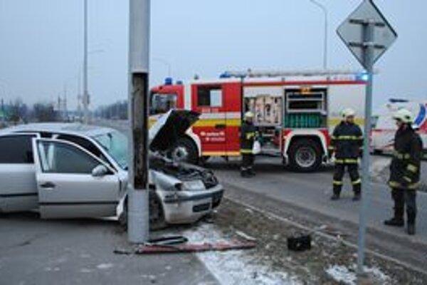 Až 18 nehôd za necelé tri mesiace spôsobili opití vodiči a chodci. Traja ľudia pri nich zahynuli.