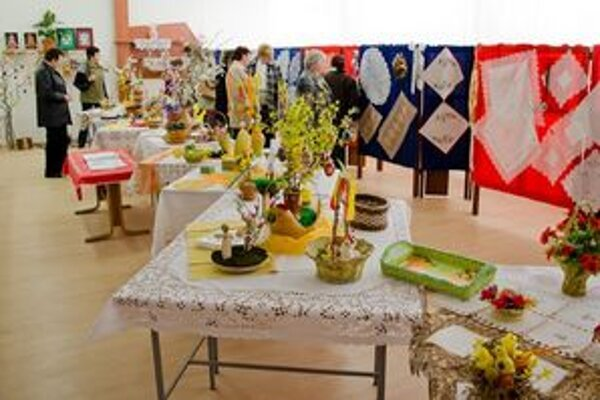 Výsledky práce zručných pavlovských žien mohli obdivovať návštevníci výstavy.