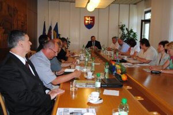 Rada cirkví. Kňazi z Michaloviec sa  stretávajú  s vedením mesta raz štvrťročne.