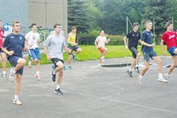 VK Chemes Humenné trénoval ešte doma.