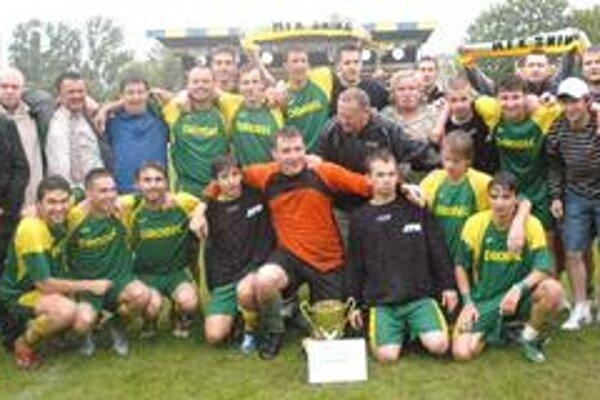 Snina takto oslavovala triumf v regionálnom pohári, bude sa tešiť aj dnes v 1. kole Slovenského pohára?