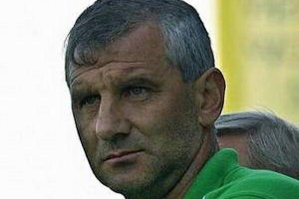 Jozef Valkučák. V ostatnom stretnutí bol na lavičke nervózny viac ako obyčajne.