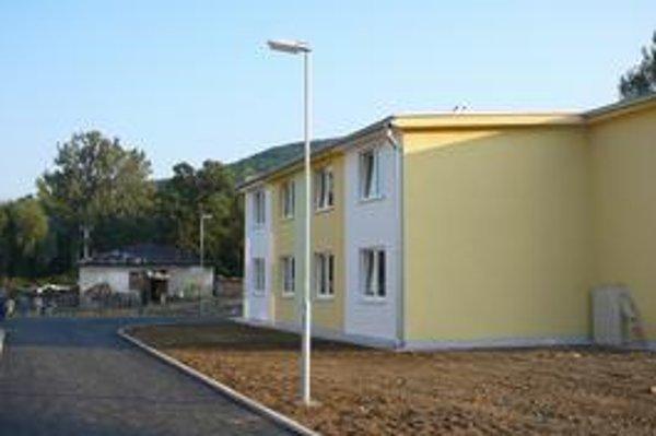 Nové byty. Do domov nižšieho štandardu sa nasťahuje takmer sto obyvateľov Laboreckej ulice.