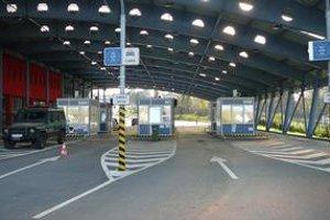 Vyšné Nemecké. Na výstupe zo Slovenska hranica zväčša zívala prázdnotou.