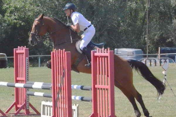 Horúce preteky. Jazdecký areál pri Ferčakovciach opäť ožil dupotom koní na tradičnej Cene Spiša.