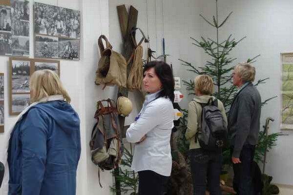 Výstava venovaná A. Groszovi. Zachytáva život milovníka Tatier a fotografa.