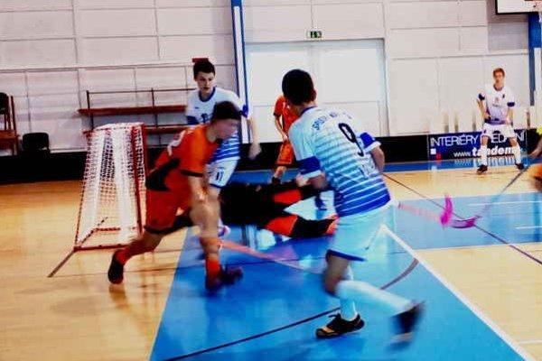 Jedno víťazstvo, jedna prehra. Extraligoví juniori mali cez víkend s bratislavskými rovesníkmi polovičnú úspešnosť.
