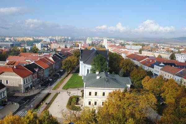 Výhľad z kostolnej veže.