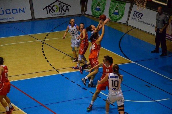 Vianočný basketbal žien. Rozlúčka spišskonovoveských basketbalistiek s Ružomberkom nevyšla podľa ich predstáv.