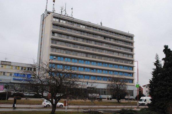 Administratívna budova. Do konca roka v nej vznikne Klientské centrum.