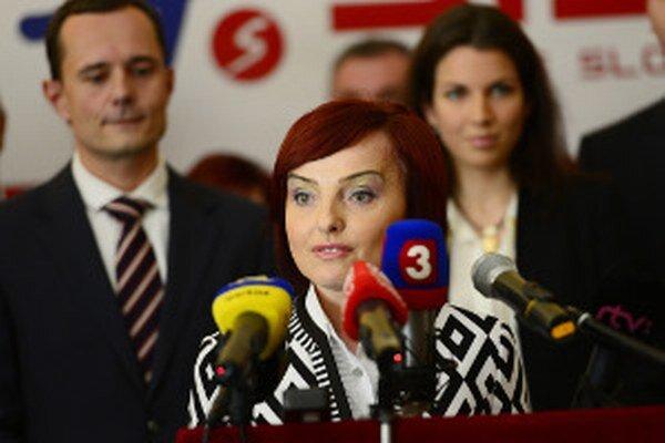Katarína Macháčková s ďalšími prívržencami Radoslava Procházku predstavili novú stranu Sieť.