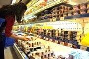 Predvídať, ako zdražejú potraviny na budúci rok a koľko peňazí budú mať ľudia v peňaženkách, je v čase krízy náročné.