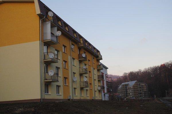 Nájomné byty. Jeden bytový dom postavili aj na sídlisku Západ.