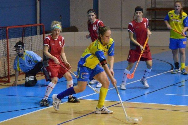 Cez víkend sa môže rozhodnúť. V sérii prehrávajú florbalistky zo Spiša 0:2, ale do Prešova sa chcú vrátiť na rozhodujúci zápas.