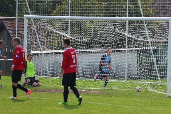 Dva zlepené góly. Do 85. minúty si brankár Hrabušíc držal čisté konto, potom inkasoval dva nešťastné góly.