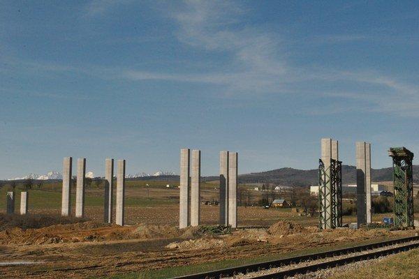 Diaľnica medzi Levočou a Spišským Hrhovom. Poznačená je nehodami a nešťastiami.