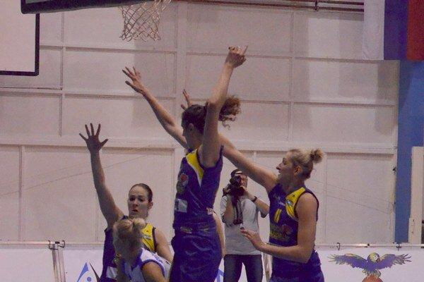 Štyri dni kvalitného basketbalu. Turnaj Rucon cup ponúkal plejádu kvalitných zápasov družstiev z celej strednej Európy. Dominovali hráčky Košíc.