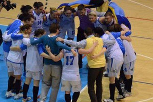 Dobrá sezóna. Ženský basketbal na najvyššej úrovni bol pre Spišiakov zaujímavou novinkou a získal si veľa priaznivcov.