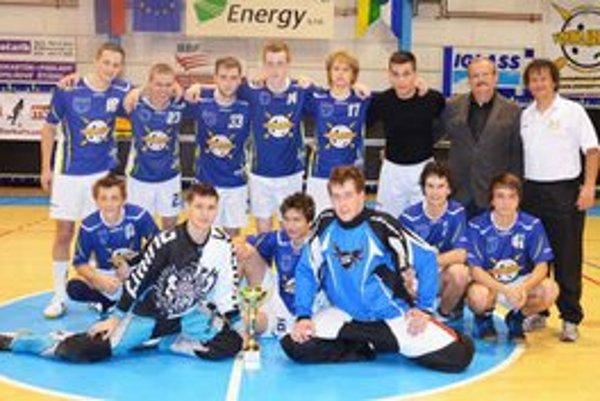 Floorball club Young Arrows Spišská Nová Ves. Hlavným propagátorom florbalu v Sp. Novej Vsi je klub Young Arrow, ktorý sa stal aj víťazom druhého ročníka turnaja o Pohár primátora mesta.