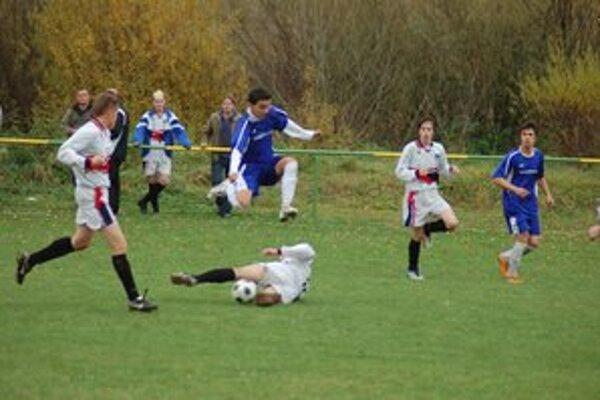 Spojme sa pre futbal! Domaňovce chcú hrať majstráky na svojom ihrisku.