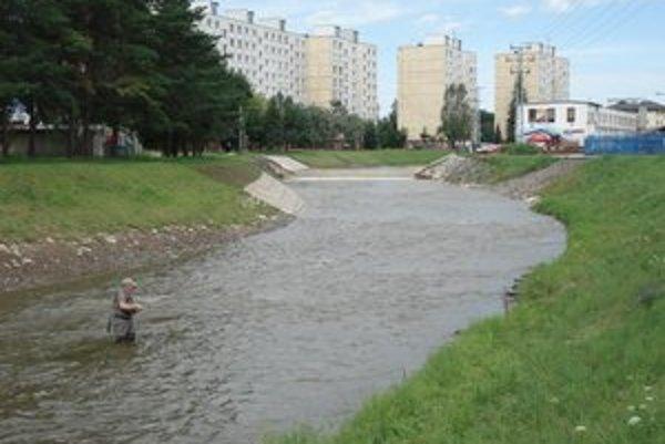 Opravený tok Hornádu. Obyvatelia v jeho blízkosti sú spokojní.