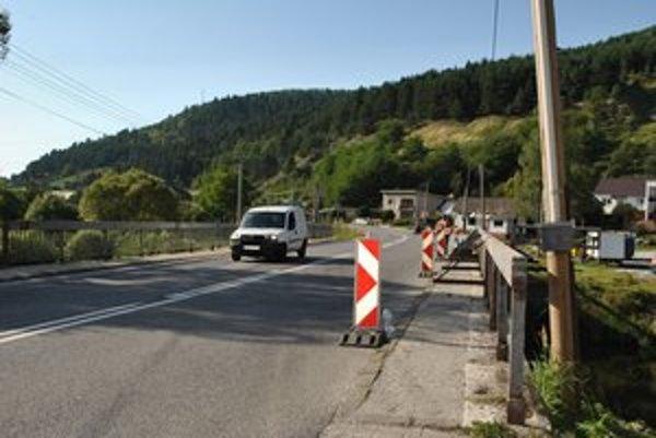 Most v Kolinovciach. Práce na oprave mosta dokončili.