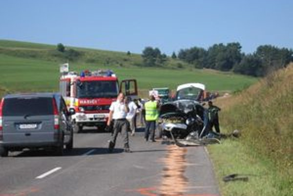 Ranná nehoda si vyžiadala dva mladé životy.