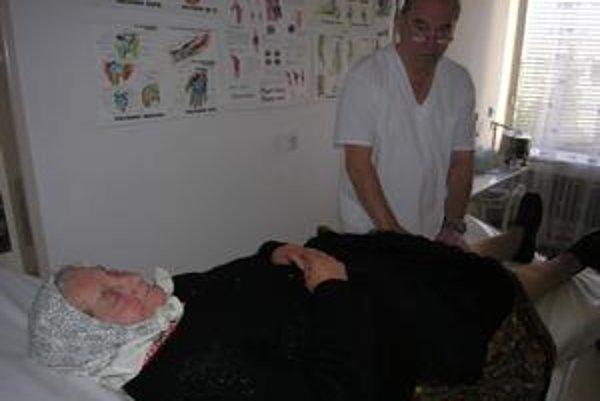 Pohybové ústrojenstvo. Z roka na rok stúpa počet ľudí, ktorí majú problém s chrbticami či kĺbmi.