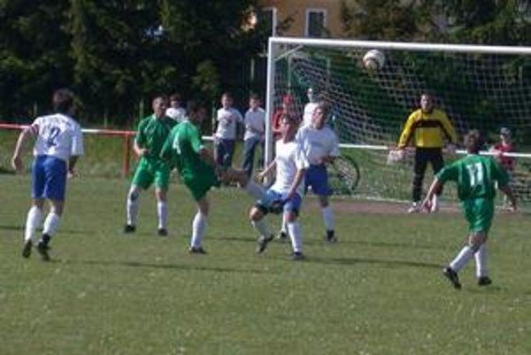 Jeden gól. V derby Jamník - Odorín padol len jeden gól a domáci po víťazstve strácajú na prvé miesto v tabuľke už len tri body.
