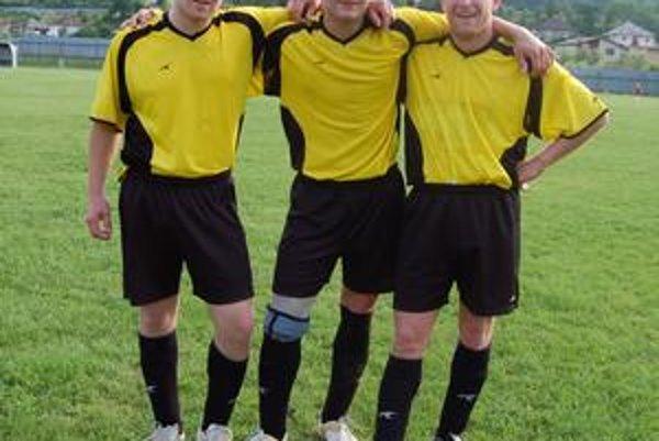 Je otázne, či trio Belejovcov bude hrať v novej sezóne za piatoligového nováčika.