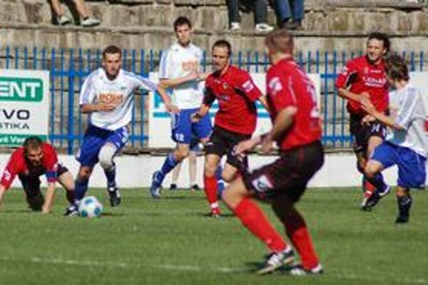 Nový súťažný ročník 2009/2010 začínajú Spišiaci na pôde nováčika vo Zvolene.