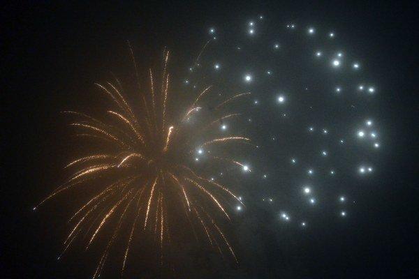 Dnes je Silvester najmä o ohňostrojoch a zábave.