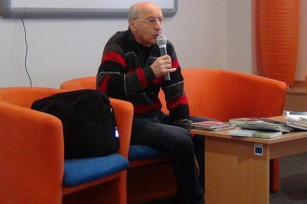 Anton Lauček vPoprade. Pripomenul stredoškolákom dôležitosť literatúry.