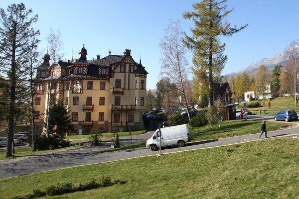Vysoké Tatry. Poslanci mesta sa jednohlasne zhodli, chcú, aby mesto vystúpilo zOOCR.