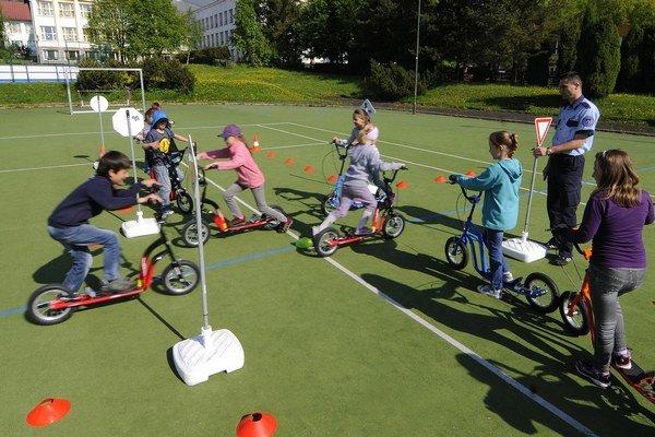 Deti sa môžu tešiť na nové bicykle.