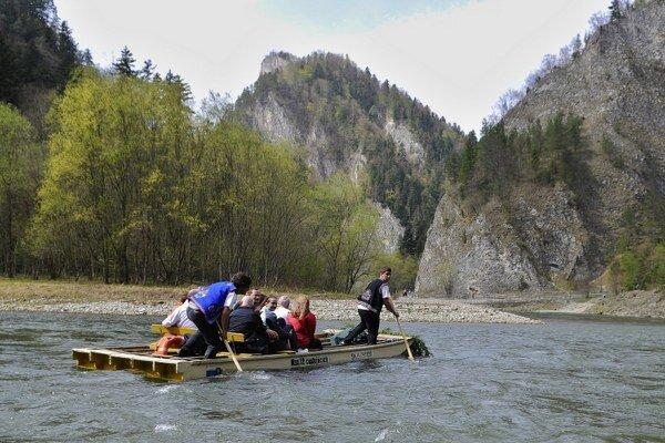 K atrakciám regiónu patrí aj splavovanie Dunajca.