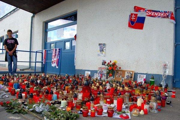 Hviezdy v Poprade. Exhibičným zápasom si uctia pamiatku Pavla Demitru.