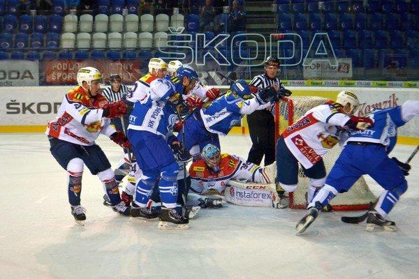 Cestujú do Trenčína. Proti Zvolenu predviedli kamzíci kvalitný hokej.