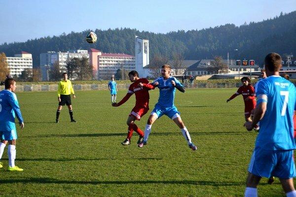 Vyhrali rozdielom triedy. FK Svit zdolal Svidník jasne 4:1.