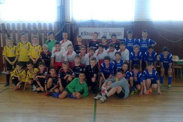 FAM Poprad U13. Svoju kategóriu vyhrali.
