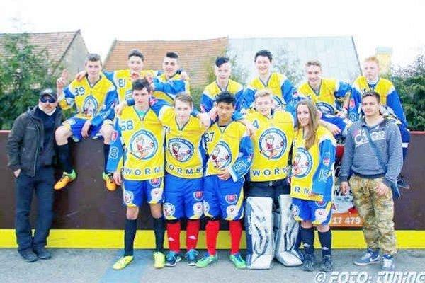 Líder súťaže. Družstvo MHbK Worms CVČ Kežmarok kategórie U16.