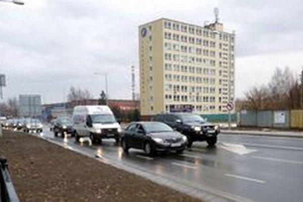 Pokračovanie cesty na Kežmarok začnú stavať najskôr v roku 2017.