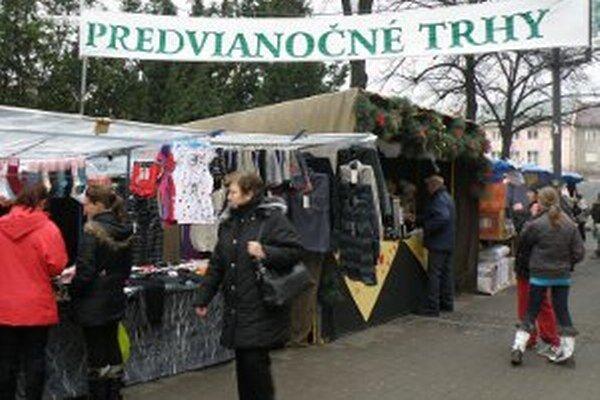 Predvianočné trhy v centre Prievidze aj s kultúrnymi vystúpeniami budú od 13. do 23. decembra.