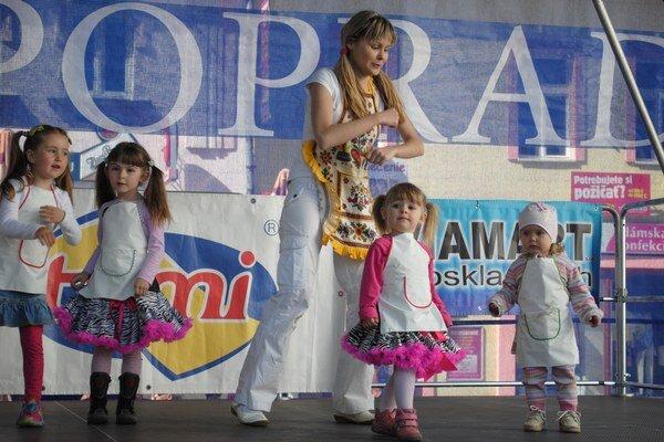 Dorotka z Fidorkova. Okrem vystúpenia predviedla tance s malými tanečníkmi.